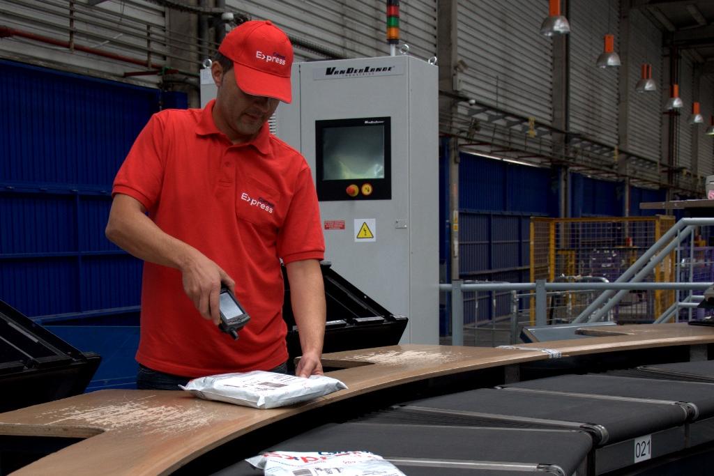 La identificación única de los paquetes a través de ondas de radiofrecuencia mejora la seguridad de los envíos
